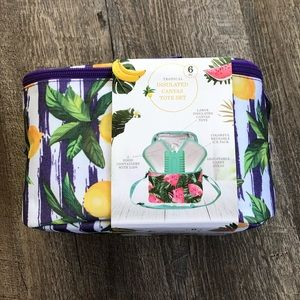 Handbags - Tropical insulated lunch tote NWT